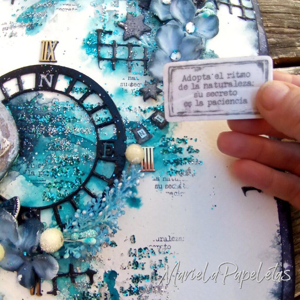 """Detalle del sello de """"Artic & Antártic - Adopta el ritmo de la naturaleza, su secreto es la paciencia.  Scrapbook #mixedmedia Stamperia @pinturas_eterna"""